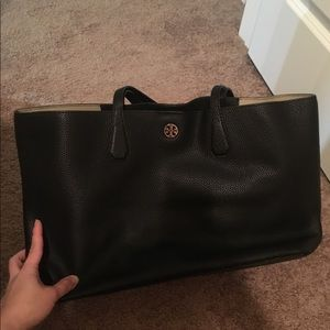 Handbags - Tory Burch large tote